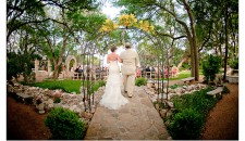 12-austin-wedding-photography-studio563-andy-peterson-Vista-on-Seward-Hill
